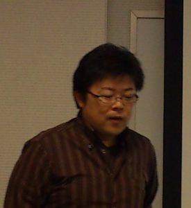 講師の岡室俊之氏