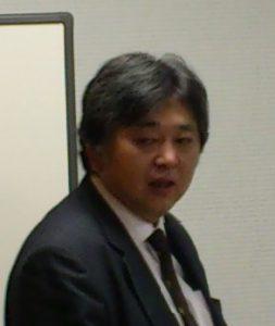 講師の佐野真二氏