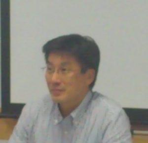 講師の奥田英二氏